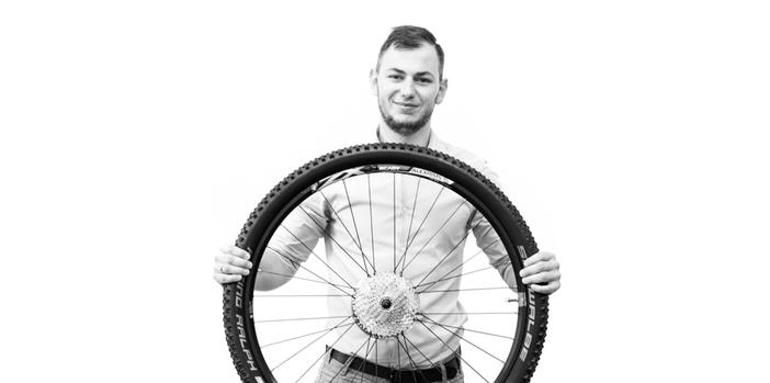 Meet Merix: Piotr - Project Manager