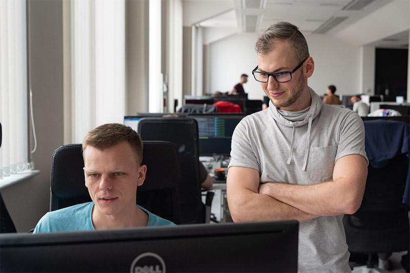 Team development plan in software modernization projects